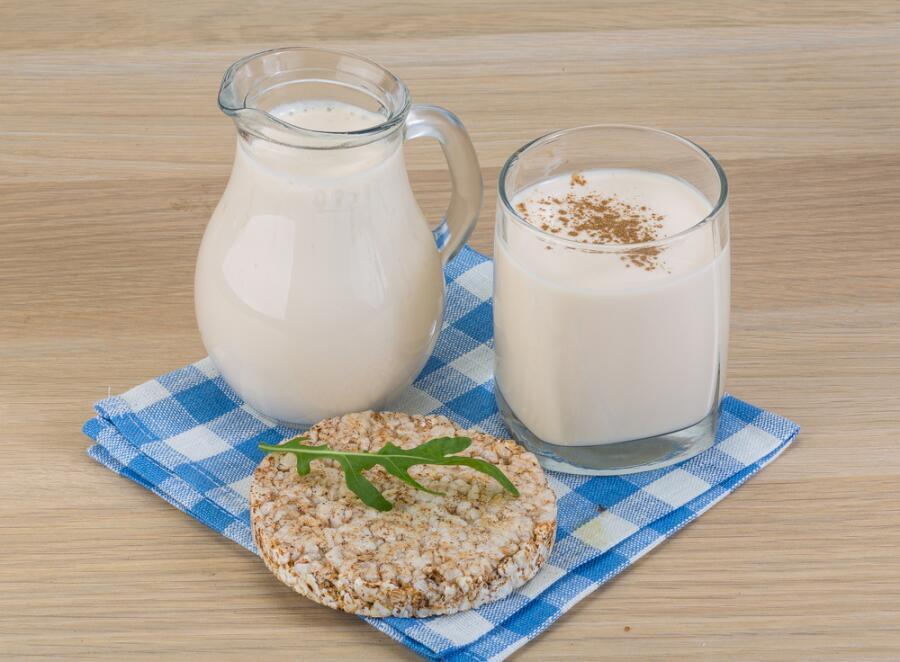 Как приготовить кефир и мороженое? Домашняя молочная сказка