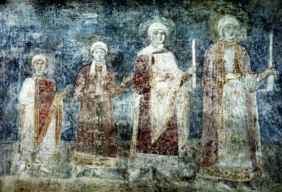 Фреска в Софийском соборе в Киеве, представляющая дочерей Ярослава Мудрого. Анна, предположительно, самая младшая