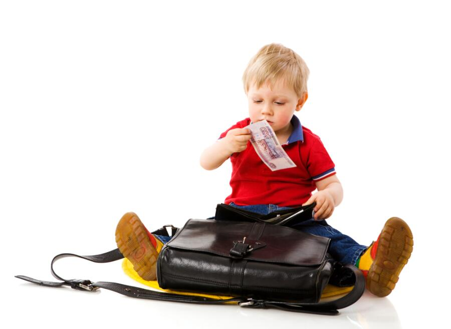 Воровство в жизни детей: почему они  это делают?