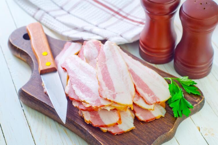 Как приготовить вареники с салом?
