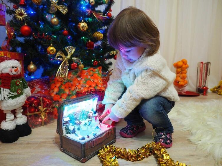 Что мы знаем про елочные игрушки? Десять интересных фактов