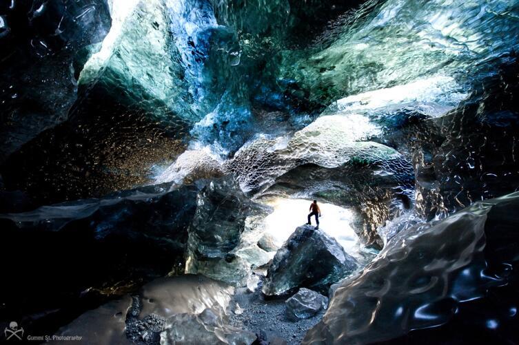 Пещеры Ватнайекюдль, Исландия