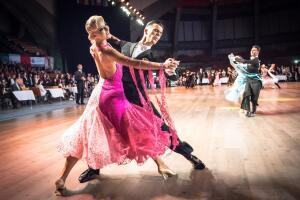 Бальные танцы: как выбрать тренера для своего ребёнка?