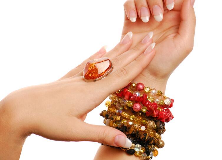 Лечение янтарем - медицина или магия?