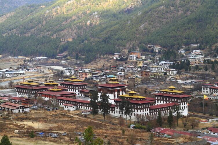 Ташичо-Дзонг — буддийский монастырь и крепость на северной окраине города Тхимпху в Бутане