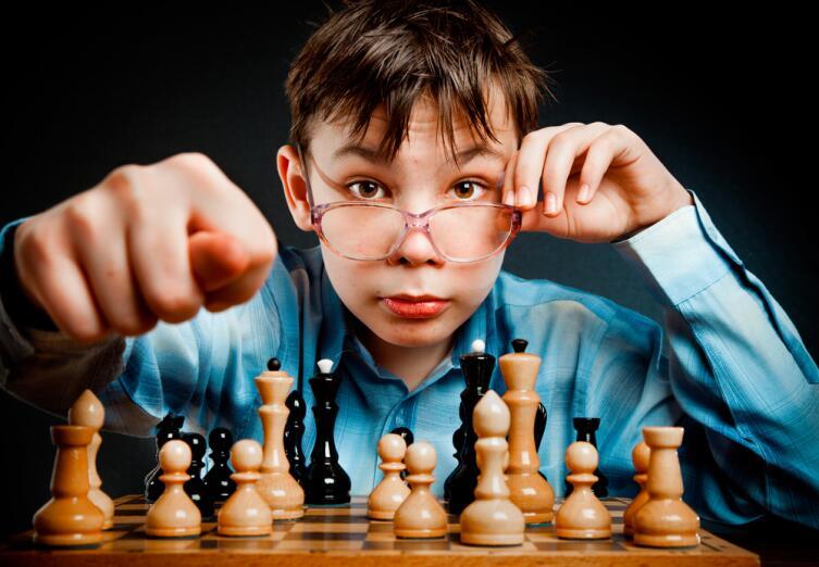 Ранние проявления таланта надо принимать всерьёз, вот только форсировать его развитие следует с большой осторожностью, чтобы не навредить психике ребёнка, его здоровью