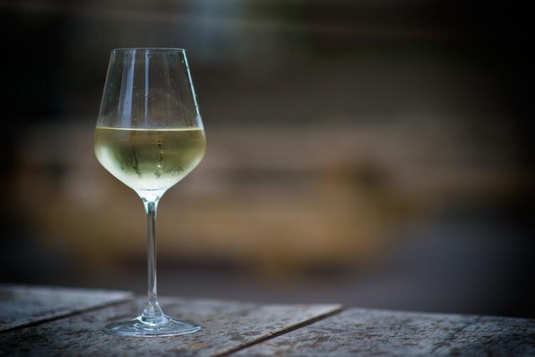 Вино для маринада должно быть сухое и белое