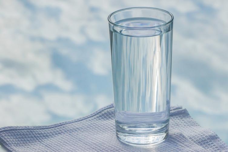 Пейте достаточно воды!