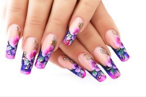 Натуральные ногти портятся не от наращивания, а от неправильного снятия наращенных ногтей.