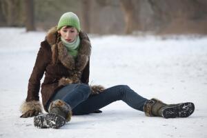 Гололед: как избежать травмы?