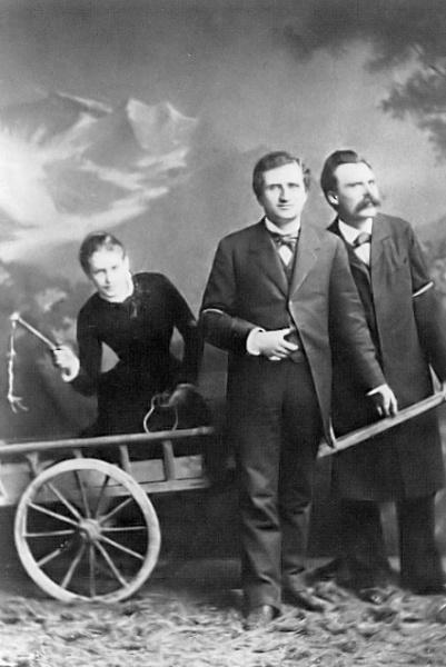 Лу Саломе в повозке, запряженной Паулем Рэ и Фридрихом Ницше, 1882 год