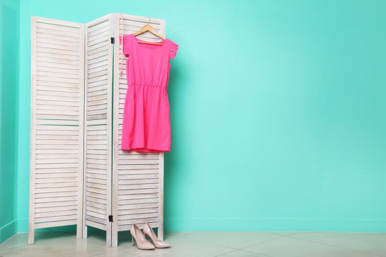 Купите платье желаемого размера и пусть оно служит мотиватором