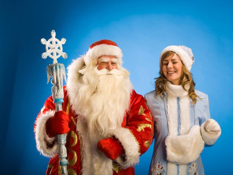 Дед Мороз - высокий, статный мужчина