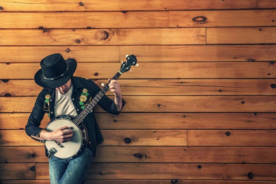 «Возьми банджо, <br /> Сыграй мне на прощанье…»
