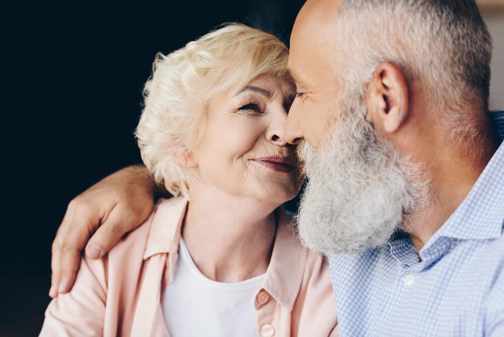 Старику 80 лет он вс хочет секса