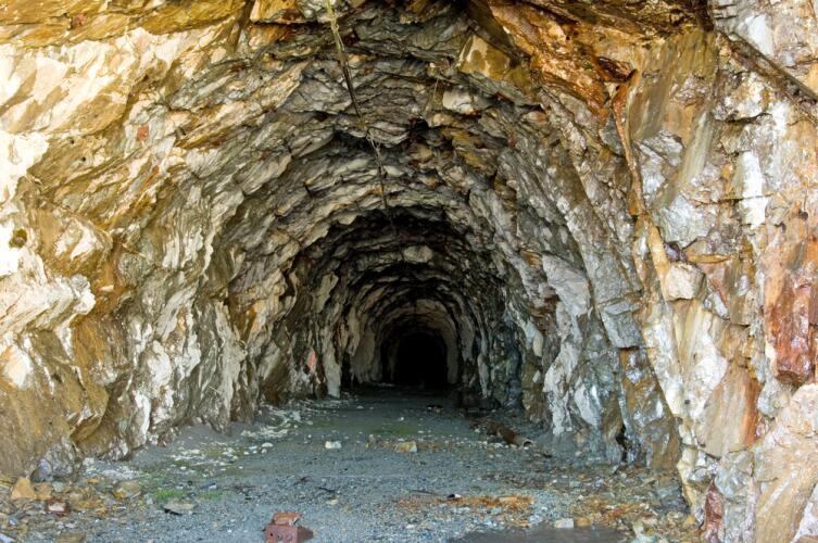 Золотой рудник в Хайдере, шт. Аляска, США