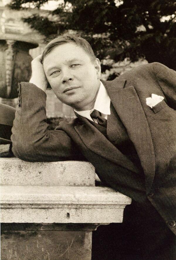 Михаил Фёдорович Ларионов