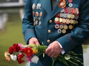 Слово ветерана, который в годы войны рисковал своей жизнью ради сегодняшнего мирного неба, должно быть для нас законом!