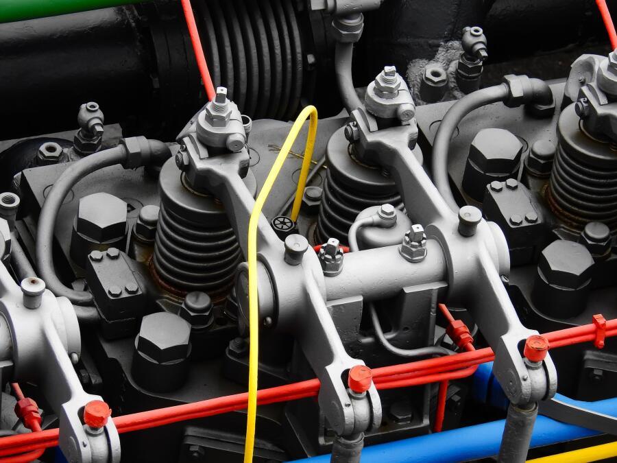 Дизельный двигатель