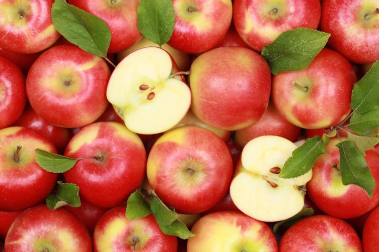 Яблоки позаботятся о белизне зубов