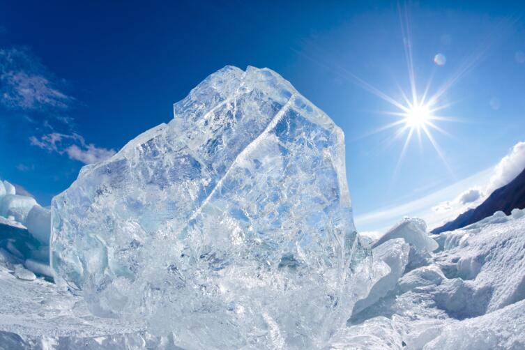 Чтобы вода замерзла, необходима шероховатая поверхность