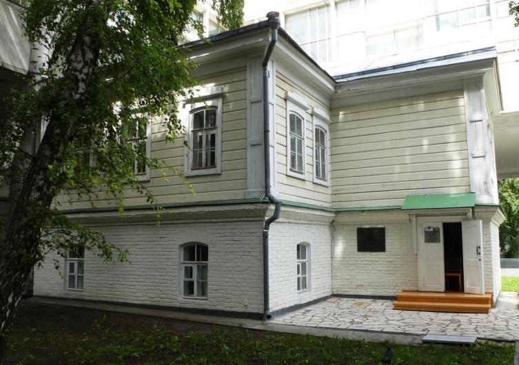Деревянный флигель дома Прибыловской, в котором родился Ленин