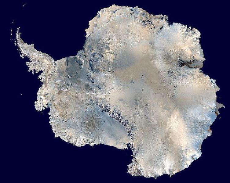 Спутниковая фотография Антарктиды