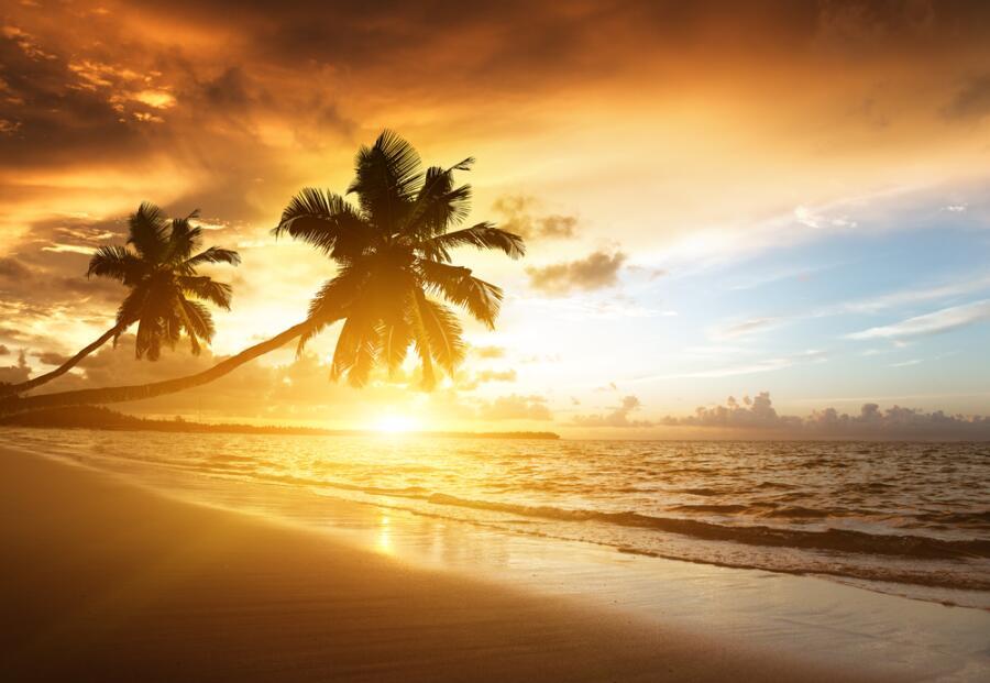Закат на Карибском море