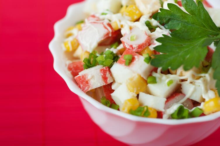 Приготовить крабовый салат могли лишь единицы