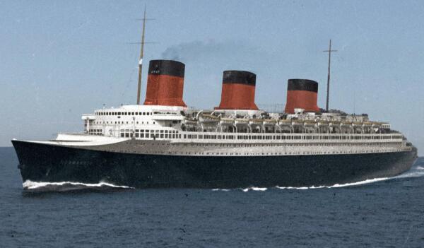 Кого во Франции  назвали отцом лайнера «Нормандия»?