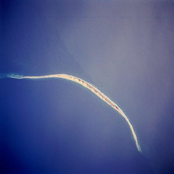 Остров Сейбл на снимке со Спейс шаттла, апрель 1994 г.