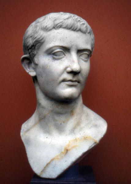 Тиберий Клавдий Нерон — император под именем Тиберий Юлий Цезарь Август с 14 по 37 год