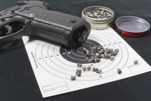 Настоящий мужской подарок: как выбрать пневматический пистолет?