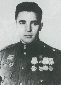 Командир 49-й гвардейской стрелковой дивизии гвардии генерал-майор В. Ф. Маргелов