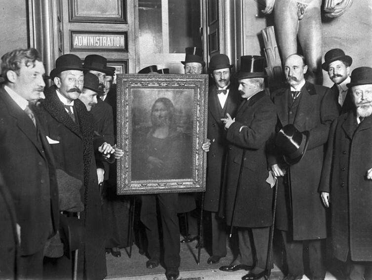 Возвращение картины в Лувр