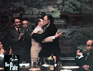 Как итальянская мафия переехала в Америку?