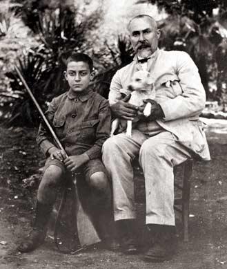 Вито Кашо Ферро со своим сыном и охотничьей собакой