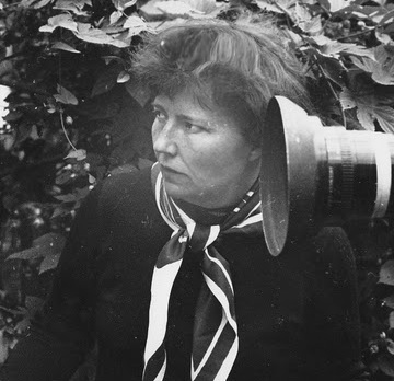 Режиссёр Искра Бабич на съёмках фильма «Прости меня, Алёша». 1983 г.