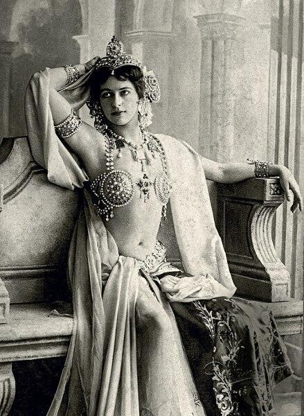 Мата Хари в 1906 г.