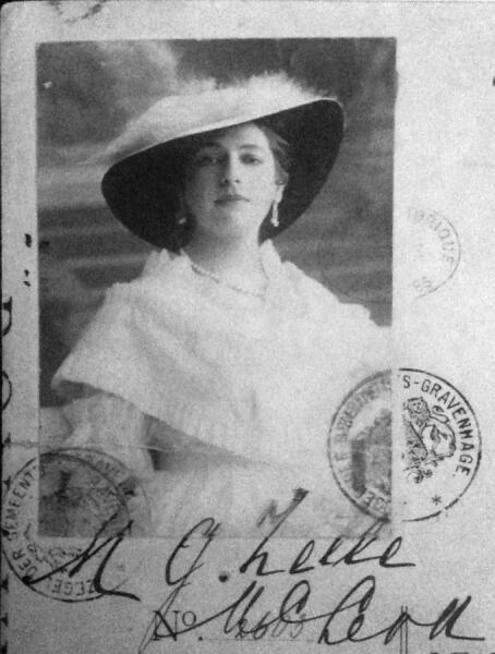 Мата Хари в 1915 г.