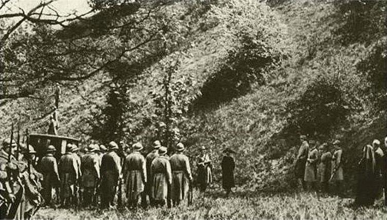Расстрел Маты Хари. Кадр из фильма-реконструкции 1920 г.