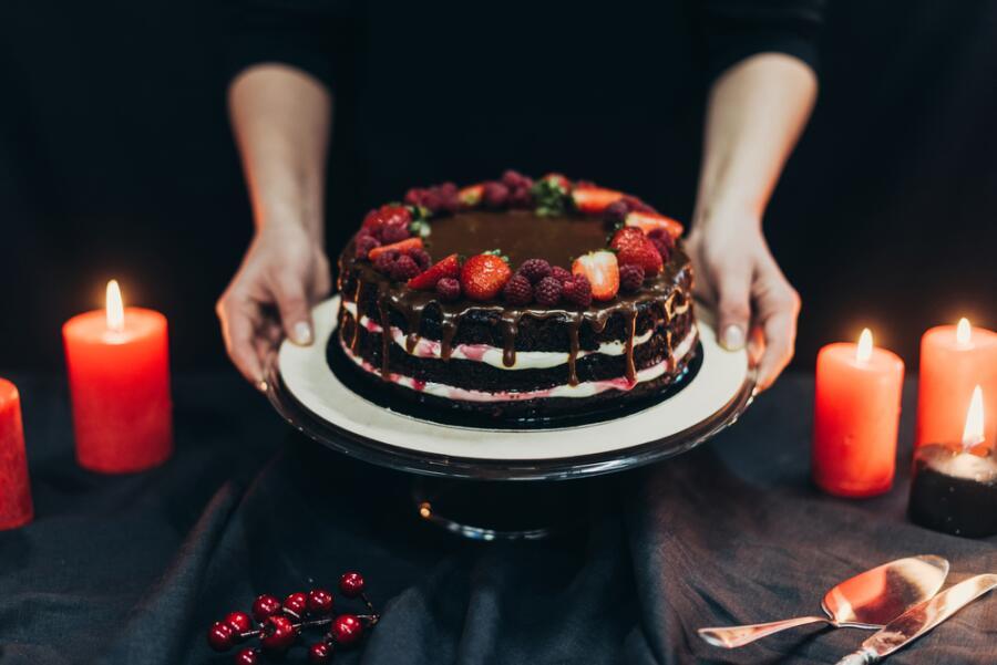 Чем украсить торт?