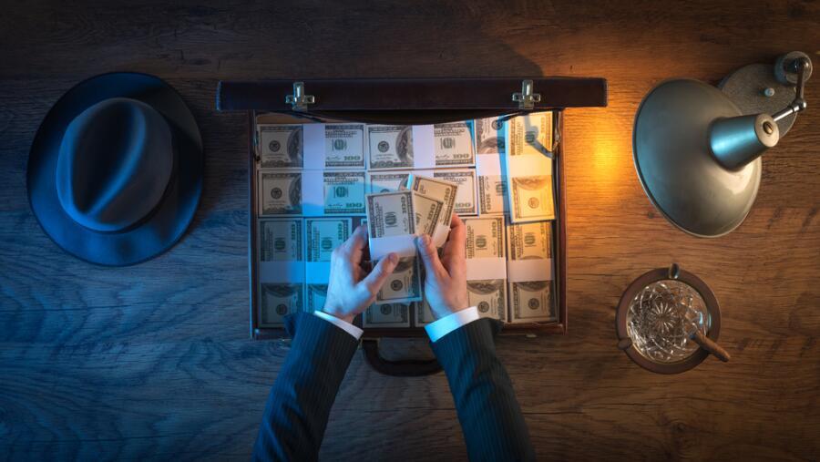 Сколько психологических барьеров на пути к миллиону долларов?