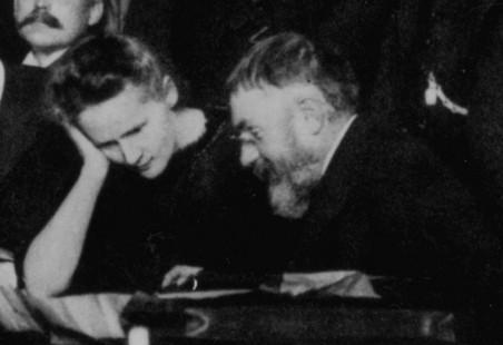 Пуанкаре и Мария Склодовская-Кюри на Сольвеевском конгрессе в 1911г.