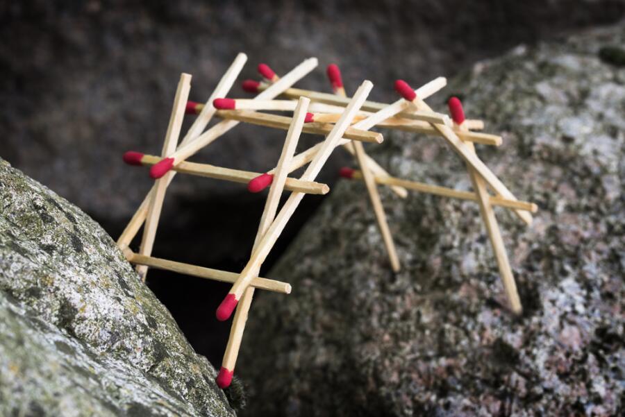 Легко ли построить свой мост в новую жизнь? Размышления после выставки
