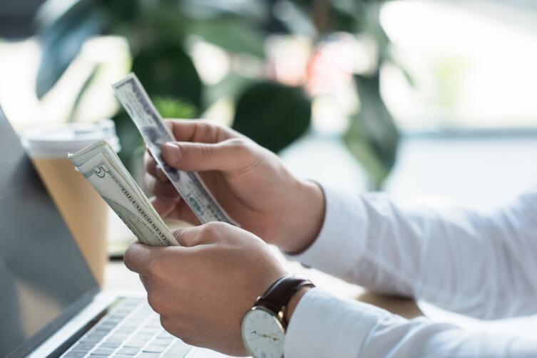 Добавьте в окружение финансово-грамотных людей