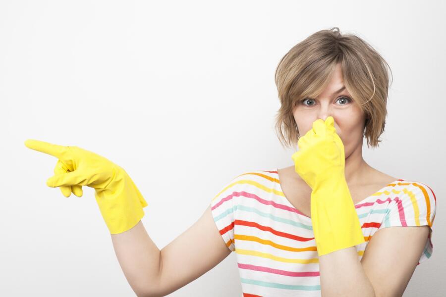 Как избавиться от неприятных запахов в доме?