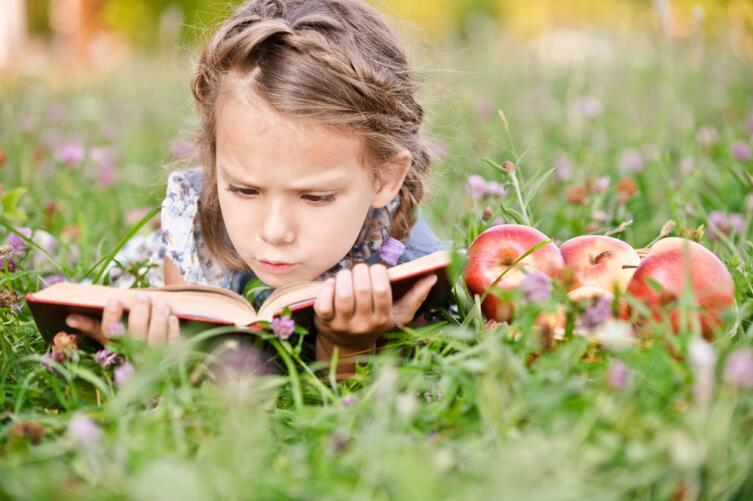 Если ребенок не понимает текст, то не сможет выразительно его рассказать