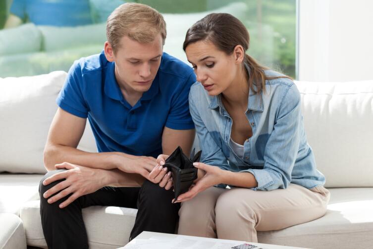 Как только жена возьмет в свои руки управление семьей, амбиции мужа начнут утихать
