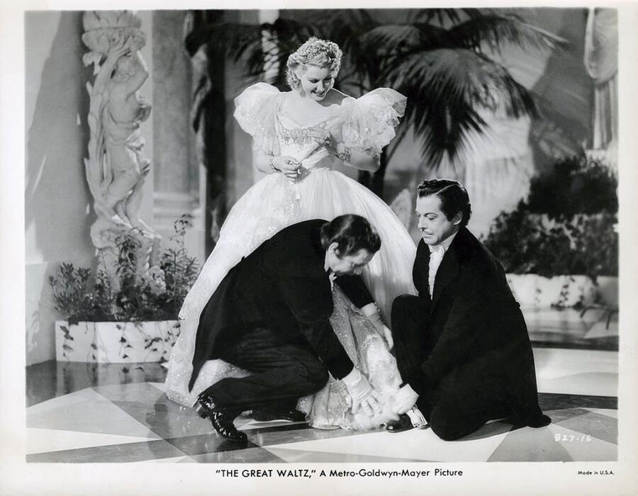 Милица Корьюс в фильме «Большой вальс», 1938 г.